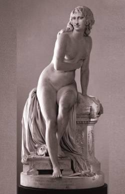 Marble Mona