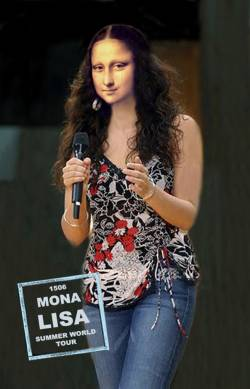 Mona announcing World Tour