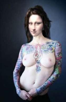 Mona  Blue tattooed