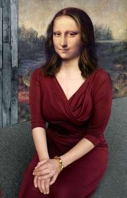 Mona Burgundy Style