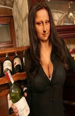 Mona Connoisseur