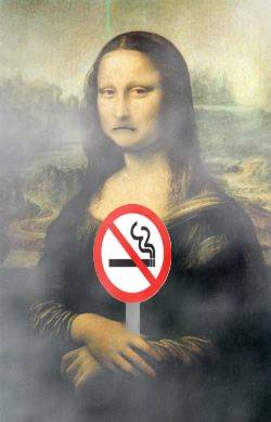 Mona dont like the smoke !!