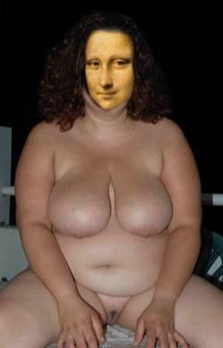 mona gros seins