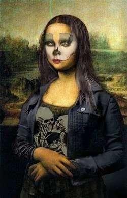 Mona Halloween