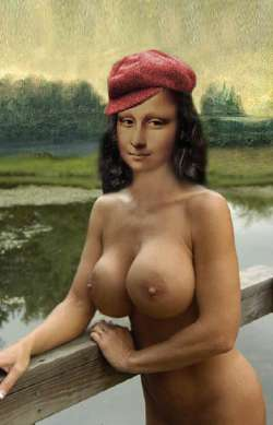 Mona in red Hat