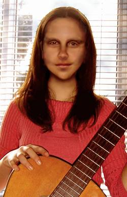 Mona à la guitare