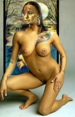 Mona Moonlite Magic