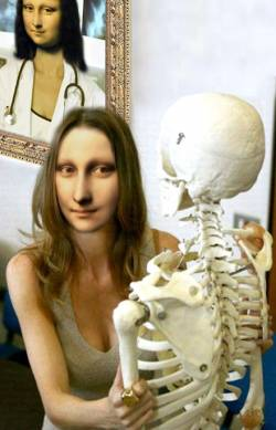 Mona's Anatomy